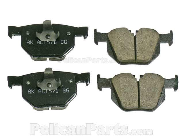BMW Brake Pad Set - 34216776937 - Akebono Euro EUR 1042A 34 21 6 776 937