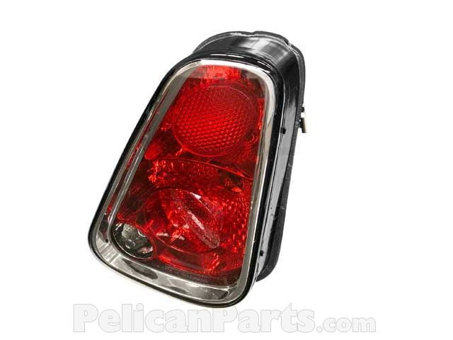 Valeo 44814 Right Side Replacement Tail Light Assembly for MINI Cooper R50//Cooper S