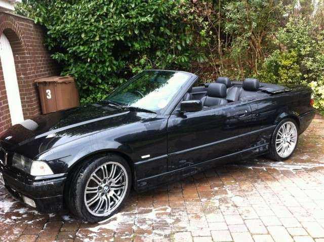 BMW E30/E36 Convertible Top Repair and Adjustment | 3-Series