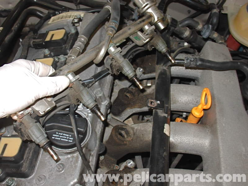 Audi A4 1 8T Volkswagen Fuel Injector Replacement | Golf