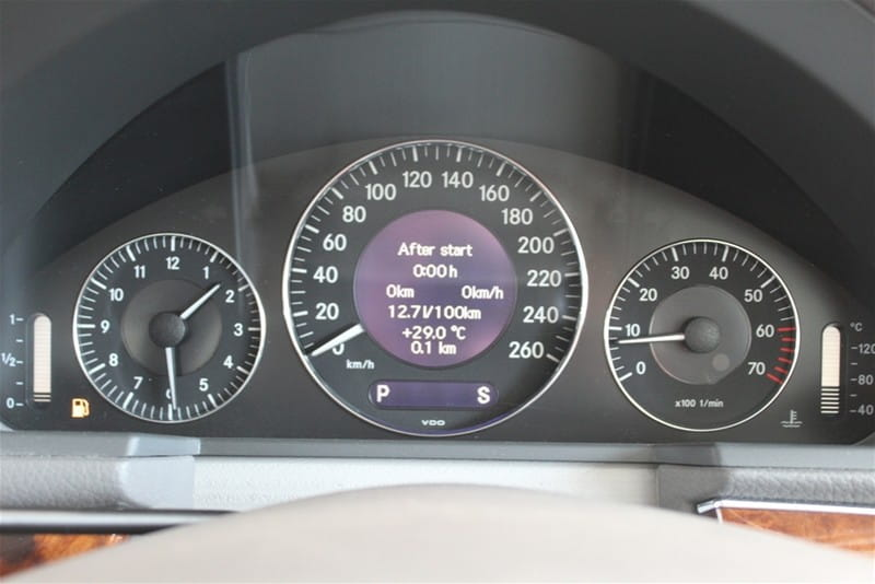 Mercedes-Benz W211 Instrument Cluster Removal and